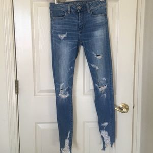 American Eagle Ripped High Waist Jeans